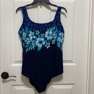 Delta Burke collection swimsuit 22W nylon/spandex